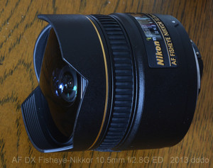 AF DX Fisheye-Nikkor 10.5mm f2.8G ED lens photo 4 diagonal front view