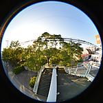 陸橋の上から階段を見下ろして、円周魚眼写真 Sigma 4.5mm f2.8 circular fisheye