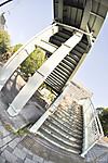 陸橋への階段、対角線魚眼写真 Nikon AF DX Fisheye-Nikkor 10.5mm f/2.8G ED